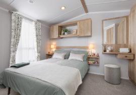 Burgundy - bedroom