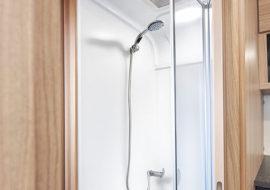 24-Phoenix-Plus-640-Shower