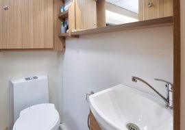 25-Phoenix-Plus-644-Washroom