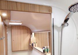 Pegasus-Grande-SE-Bologna-bathroom-with-white-gloss-shower-cubicle