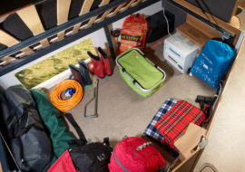 Discovery D4-4 Underbed storage