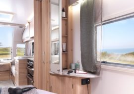 Unicorn V Vigo fold-out mirror with storage