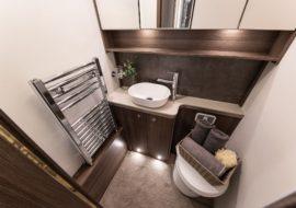 Commodore bathroom